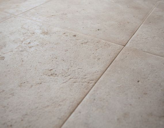 Bourgogne Limestone: Pillowed and Distressed Finish